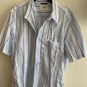 American Eagle button-up shirt